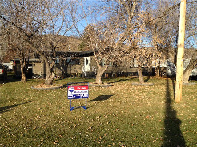Main Photo: 9816 E BIRCH Avenue: Taylor House for sale (Fort St. John (Zone 60))  : MLS®# N231923