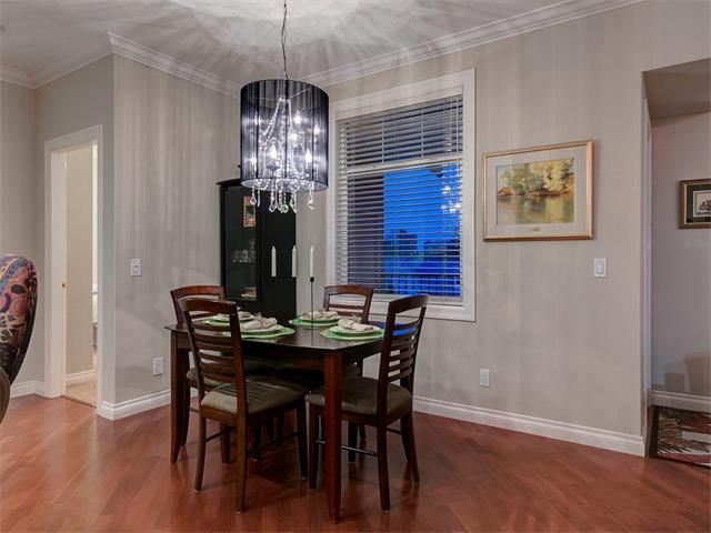 Photo 16: Photos: 415 59 22 Avenue SW in Calgary: Erlton Condo for sale : MLS®# C4064383