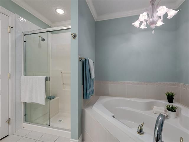 Photo 42: Photos: 415 59 22 Avenue SW in Calgary: Erlton Condo for sale : MLS®# C4064383