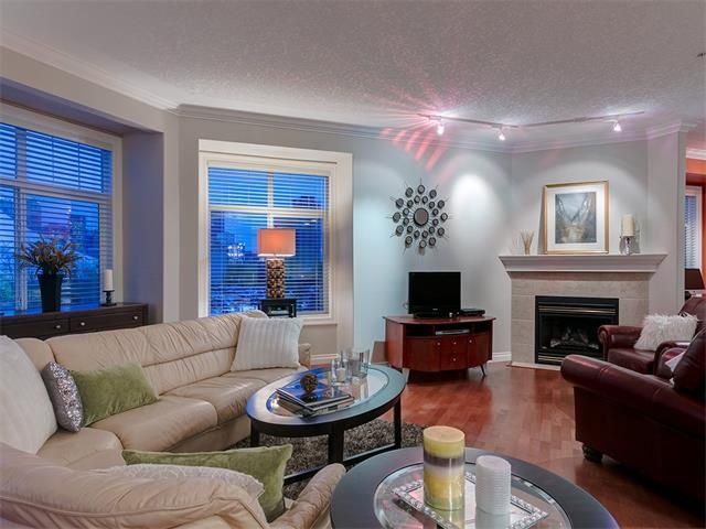 Photo 18: Photos: 415 59 22 Avenue SW in Calgary: Erlton Condo for sale : MLS®# C4064383