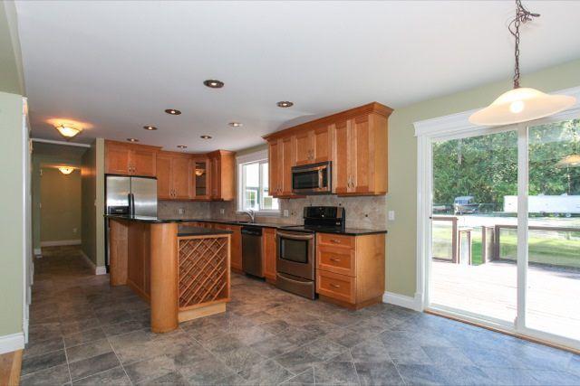 Photo 7: Photos: 11276 272 Street in Maple Ridge: Whonnock House for sale : MLS®# R2103226