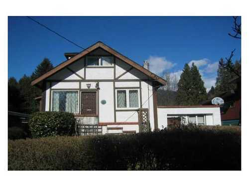 Main Photo: 838 20TH Street W in North Vancouver: Home for sale : MLS®# V936683