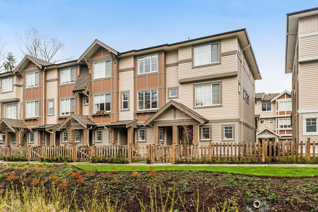 """Main Photo: 107 10151 240 Street in Maple Ridge: Albion Townhouse for sale in """"ALBION STATION"""" : MLS®# R2157278"""