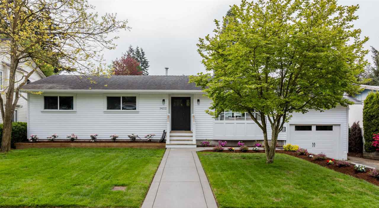 Main Photo: 34212 LARCH Street in Abbotsford: Central Abbotsford House for sale : MLS®# R2164642
