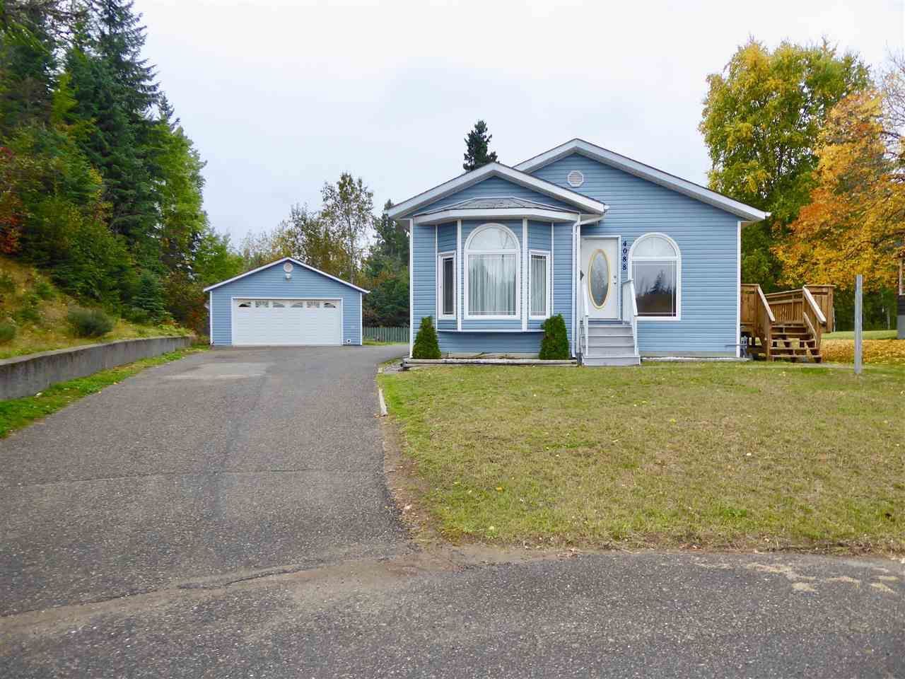 Main Photo: 4088 KRYSTAL Place in Prince George: Mount Alder House for sale (PG City North (Zone 73))  : MLS®# R2210382