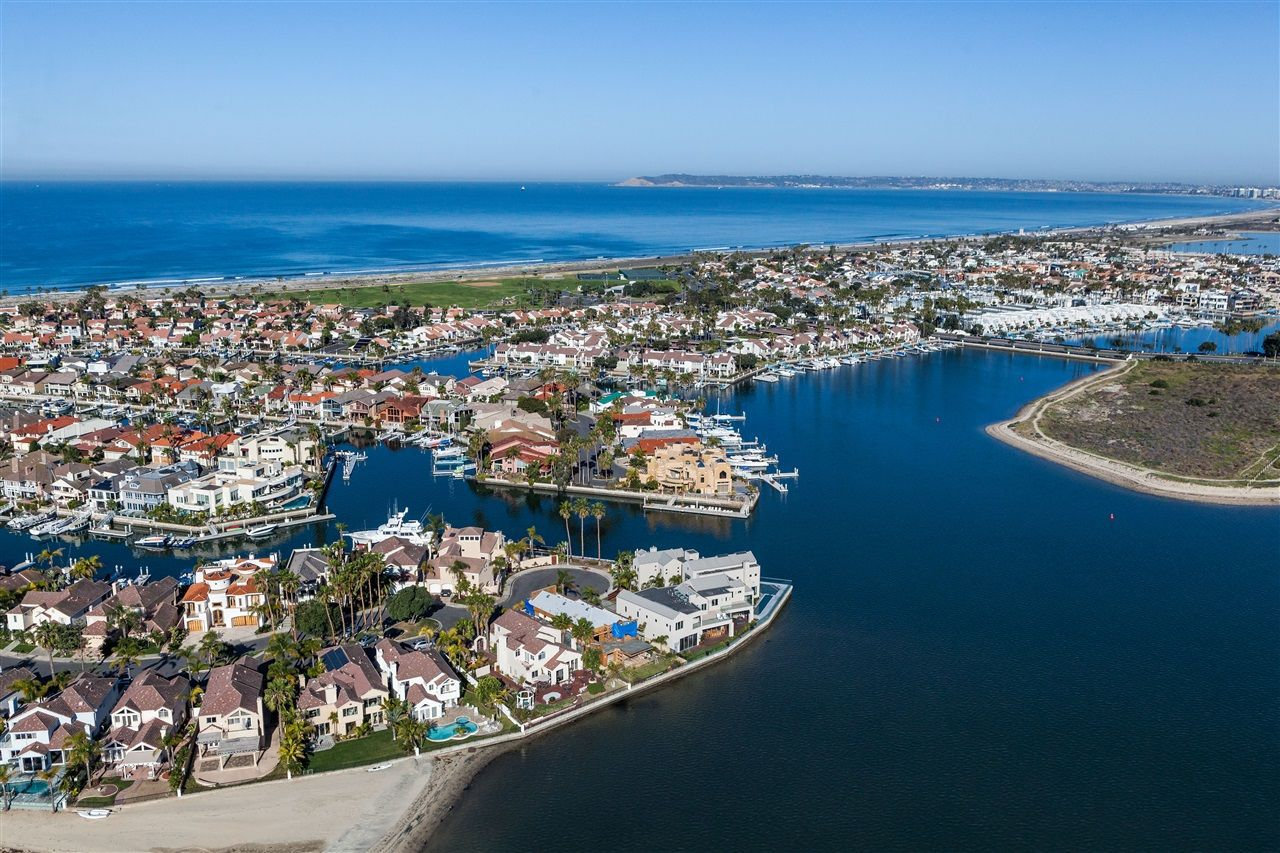 Main Photo: House for sale : 5 bedrooms : 8 GREEN TURTLE in CORONADO