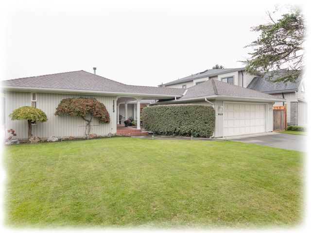"""Main Photo: 11240 KINGFISHER Drive in Richmond: Westwind House for sale in """"WESTWIND"""" : MLS®# R2237162"""