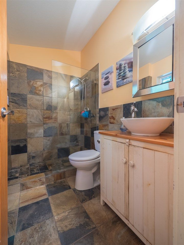 Photo 12: Photos: 1421 MARGARET Road: Roberts Creek House for sale (Sunshine Coast)  : MLS®# R2243186