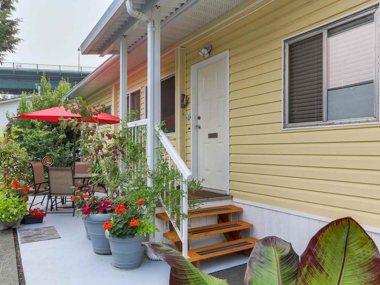 """Main Photo: 268 TYEE Drive in North Vancouver: Park Royal Manufactured Home for sale in """"Capilano River Park"""" (West Vancouver)  : MLS®# R2300192"""