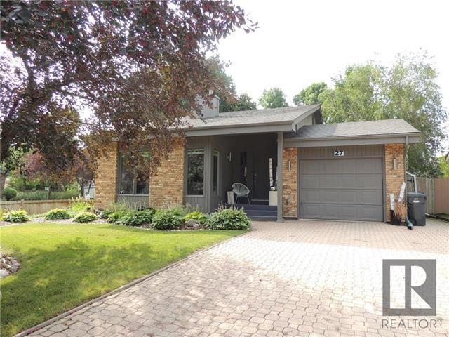 Main Photo: 27 Cheltenham Cove in Winnipeg: Residential for sale (1G)  : MLS®# 1823813
