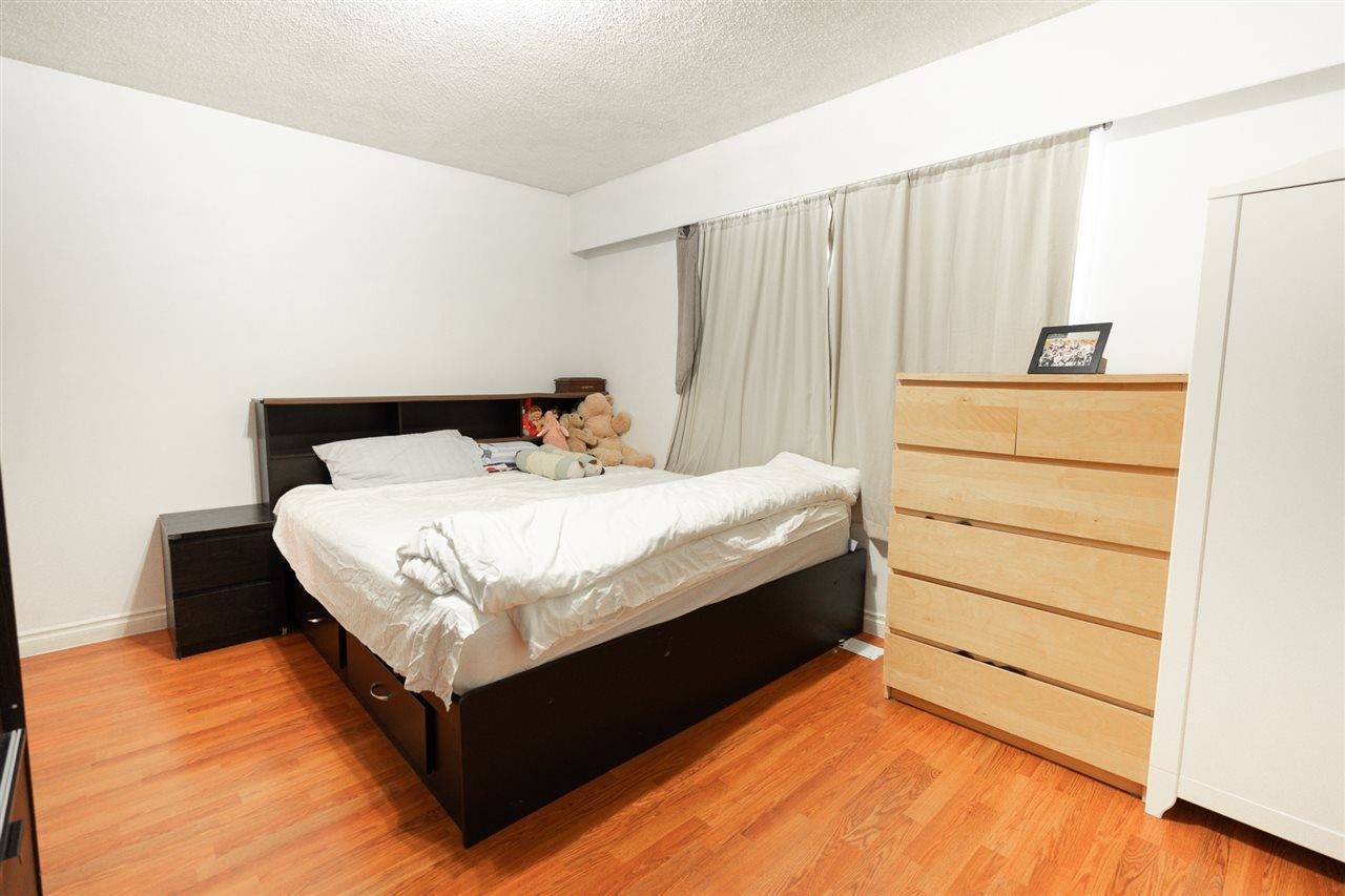 Photo 8: Photos: 6819 KNIGHT Street in Vancouver: South Vancouver House for sale (Vancouver East)  : MLS®# R2309978