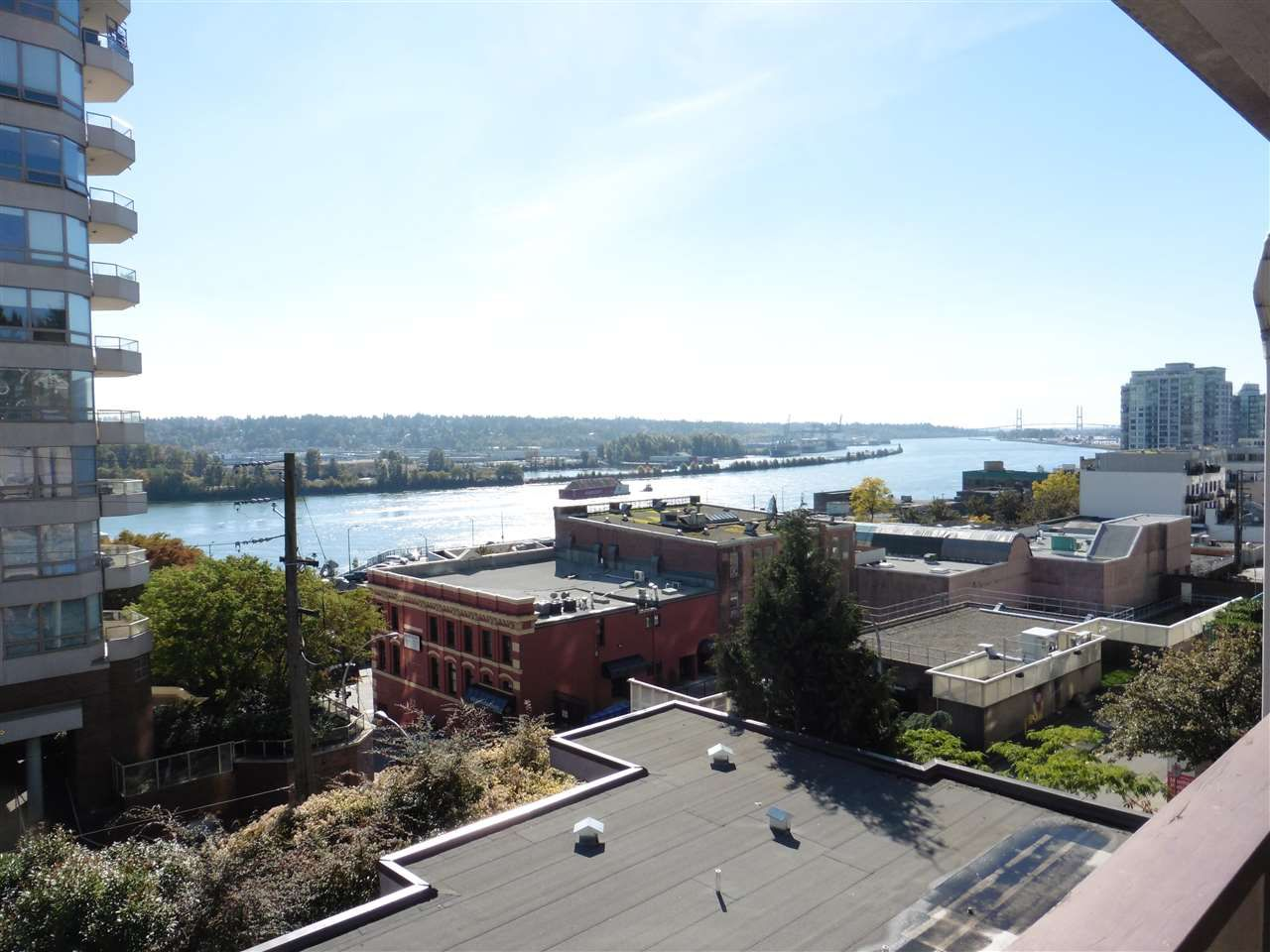"""Main Photo: 307 45 FOURTH Street in New Westminster: Downtown NW Condo for sale in """"DORCHESTER HOUSE"""" : MLS®# R2313336"""