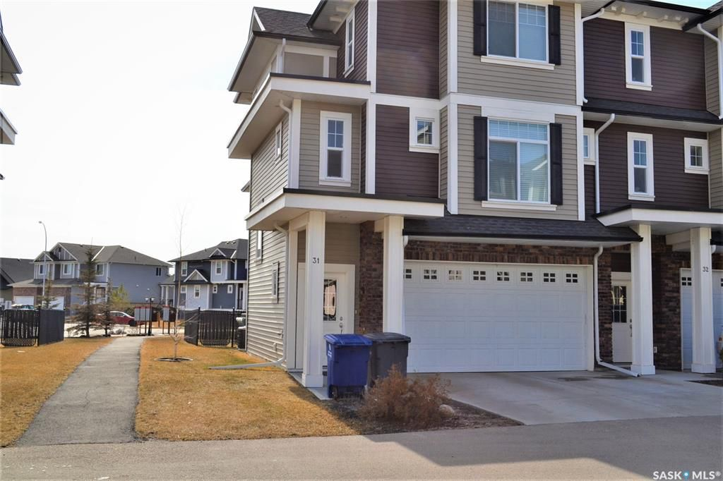 Main Photo: 33 425 Langer Place in Warman: Residential for sale : MLS®# SK757182