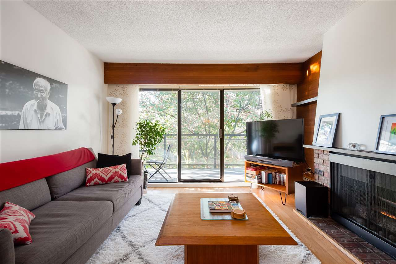 """Main Photo: 308 319 E 7TH Avenue in Vancouver: Mount Pleasant VE Condo for sale in """"SCOTIA PLACE"""" (Vancouver East)  : MLS®# R2354222"""