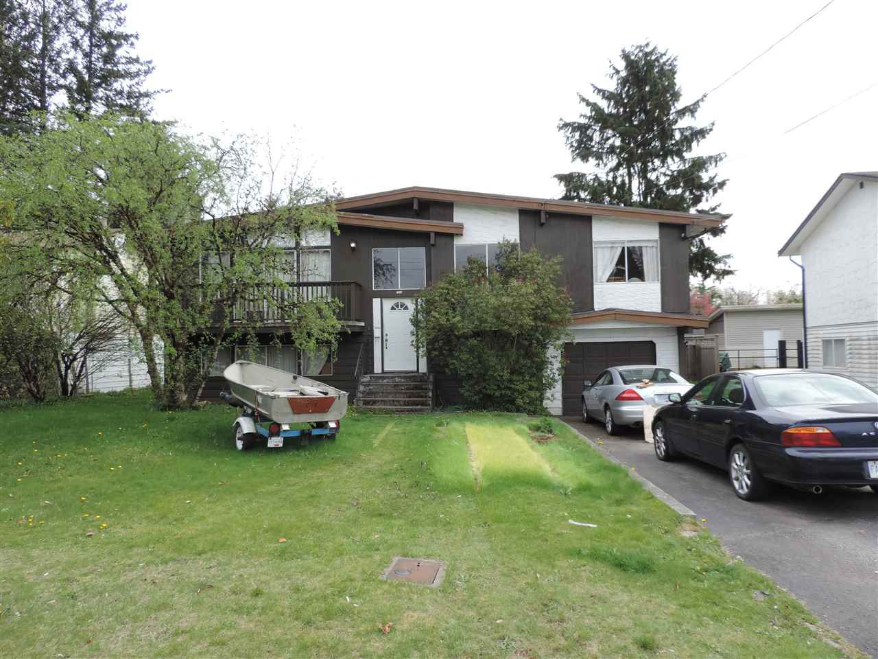 Main Photo: 7546 MARTIN Place in Mission: Mission BC House for sale : MLS®# R2360102