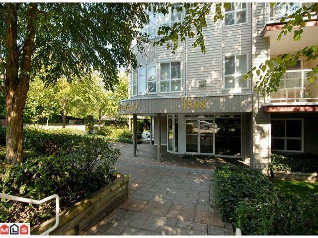 """Main Photo: 319 1588 BEST Street: White Rock Condo for sale in """"Monterey"""" (South Surrey White Rock)  : MLS®# F1107958"""