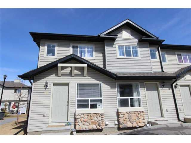 Main Photo: 106 SADDLEBROOK Point NE in CALGARY: Saddleridge Townhouse for sale (Calgary)  : MLS®# C3611030