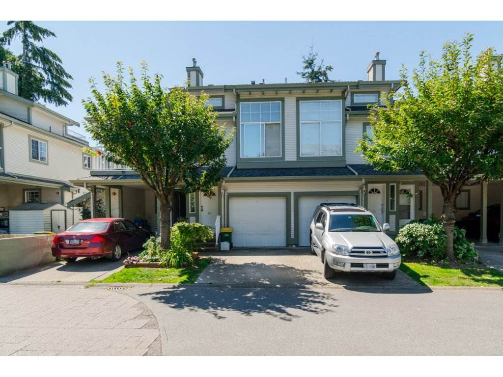 "Main Photo: 69 8892 208 Street in Langley: Walnut Grove Townhouse for sale in ""Hunter's Run"" : MLS®# R2093333"