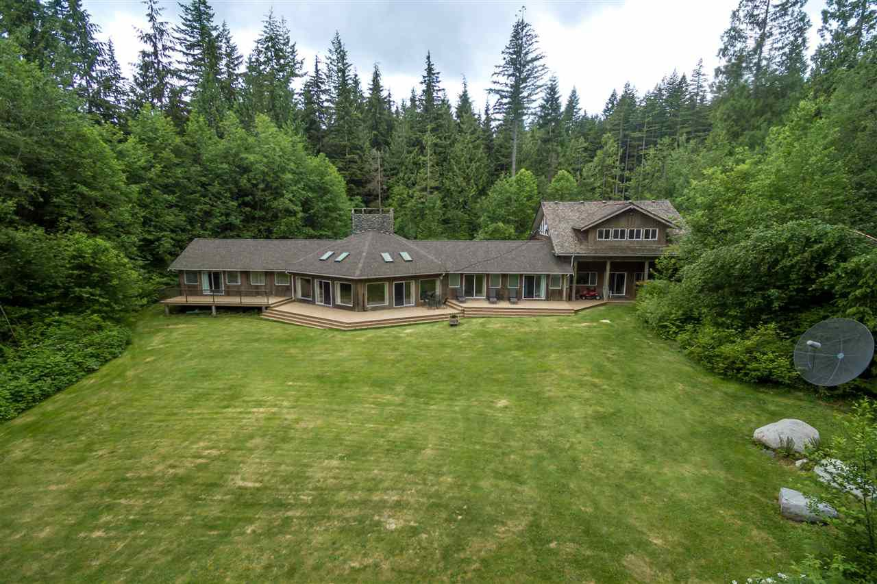 "Main Photo: 11424 276 Street in Maple Ridge: Whonnock House for sale in ""Whonnock"" : MLS®# R2177035"
