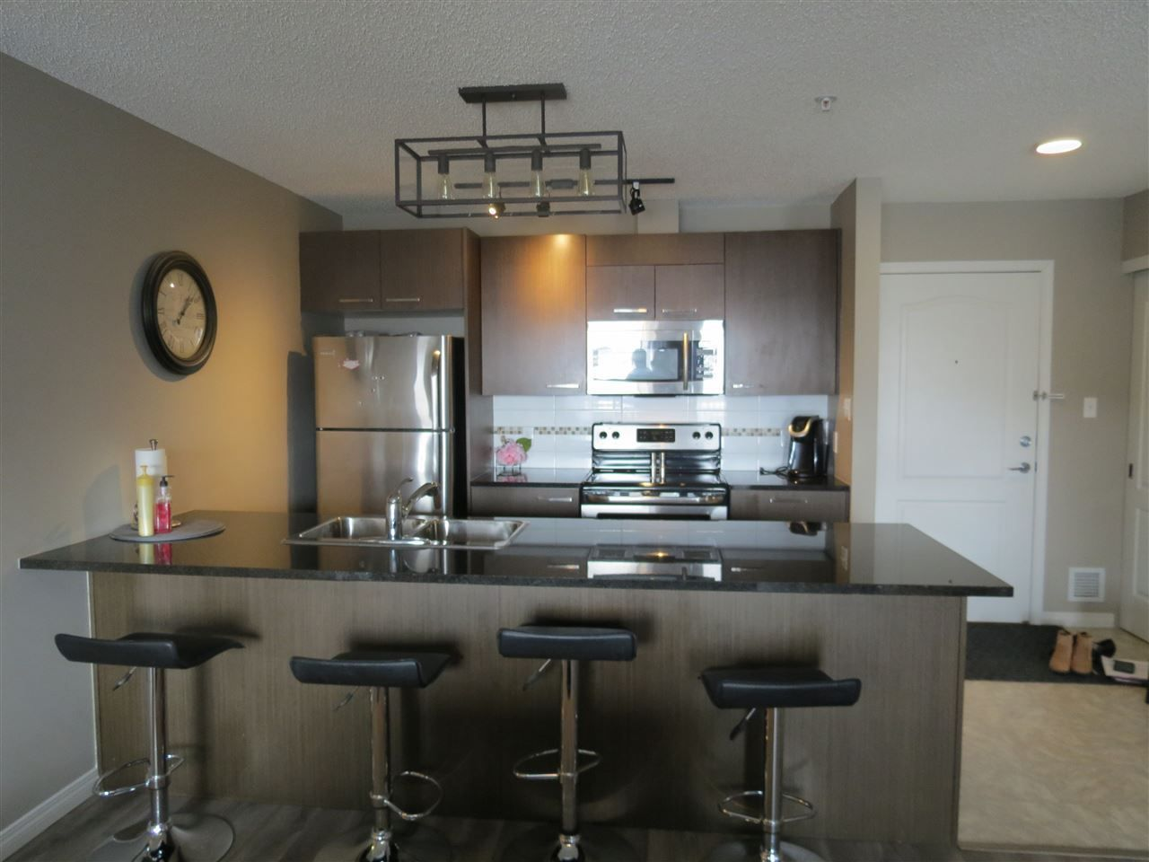 Main Photo: 3322 9351 SIMPSON Drive in Edmonton: Zone 14 Condo for sale : MLS®# E4104548