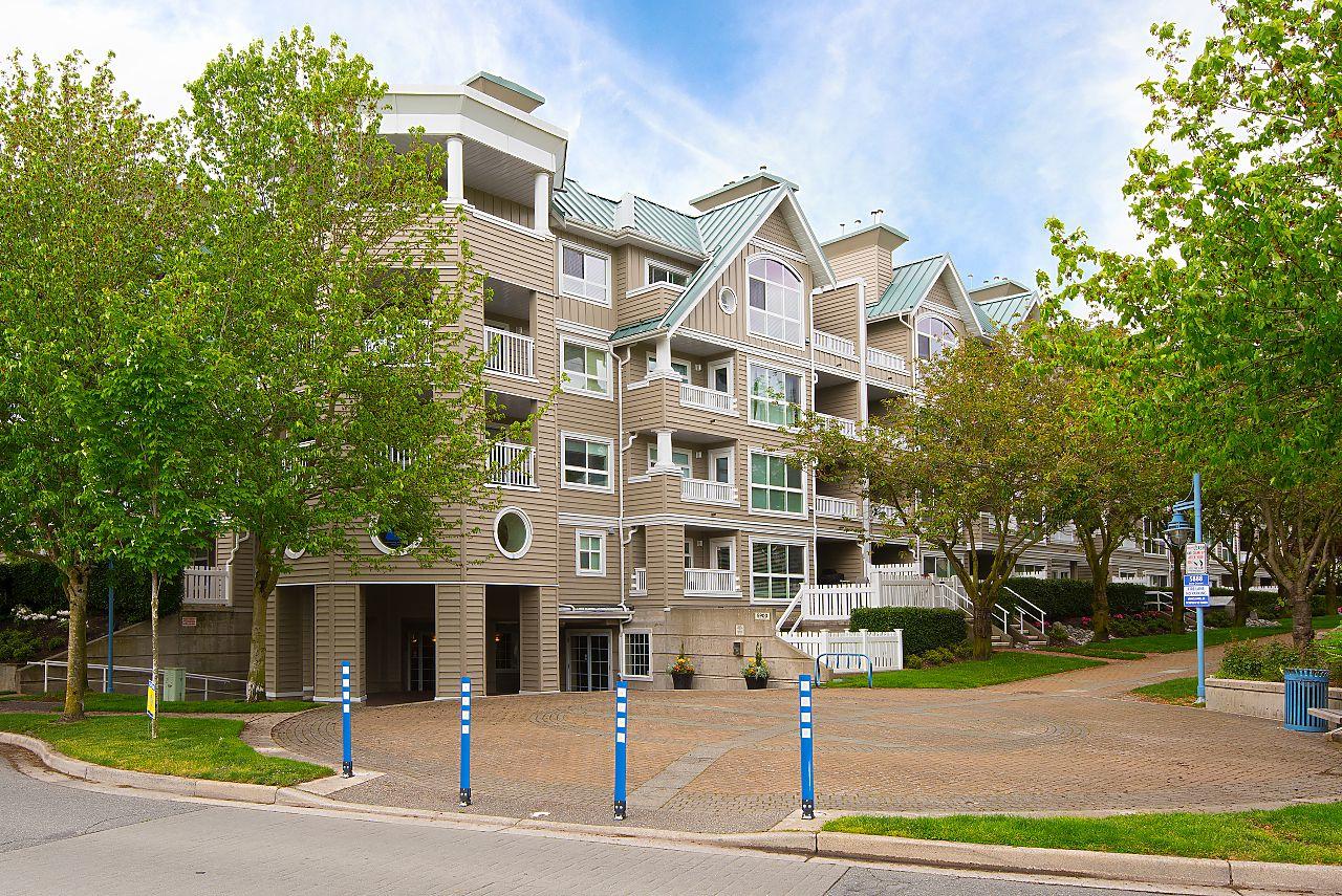 """Main Photo: 220 5900 DOVER Crescent in Richmond: Riverdale RI Condo for sale in """"THE HAMPTONS"""" : MLS®# R2267695"""