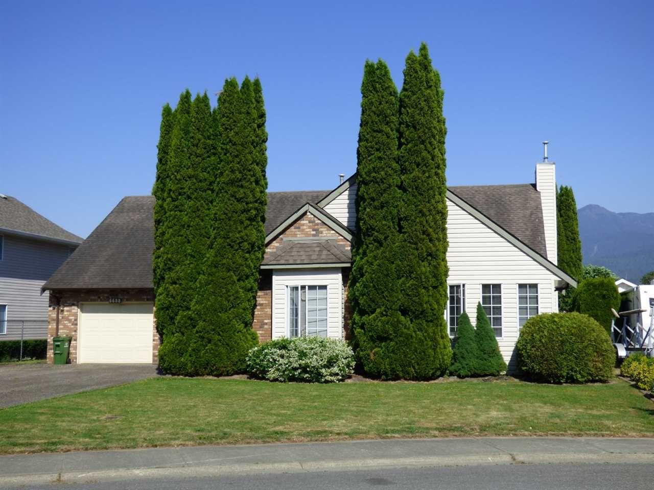 Main Photo: 6688 VANMAR Street in Sardis: Sardis East Vedder Rd House for sale : MLS®# R2272397