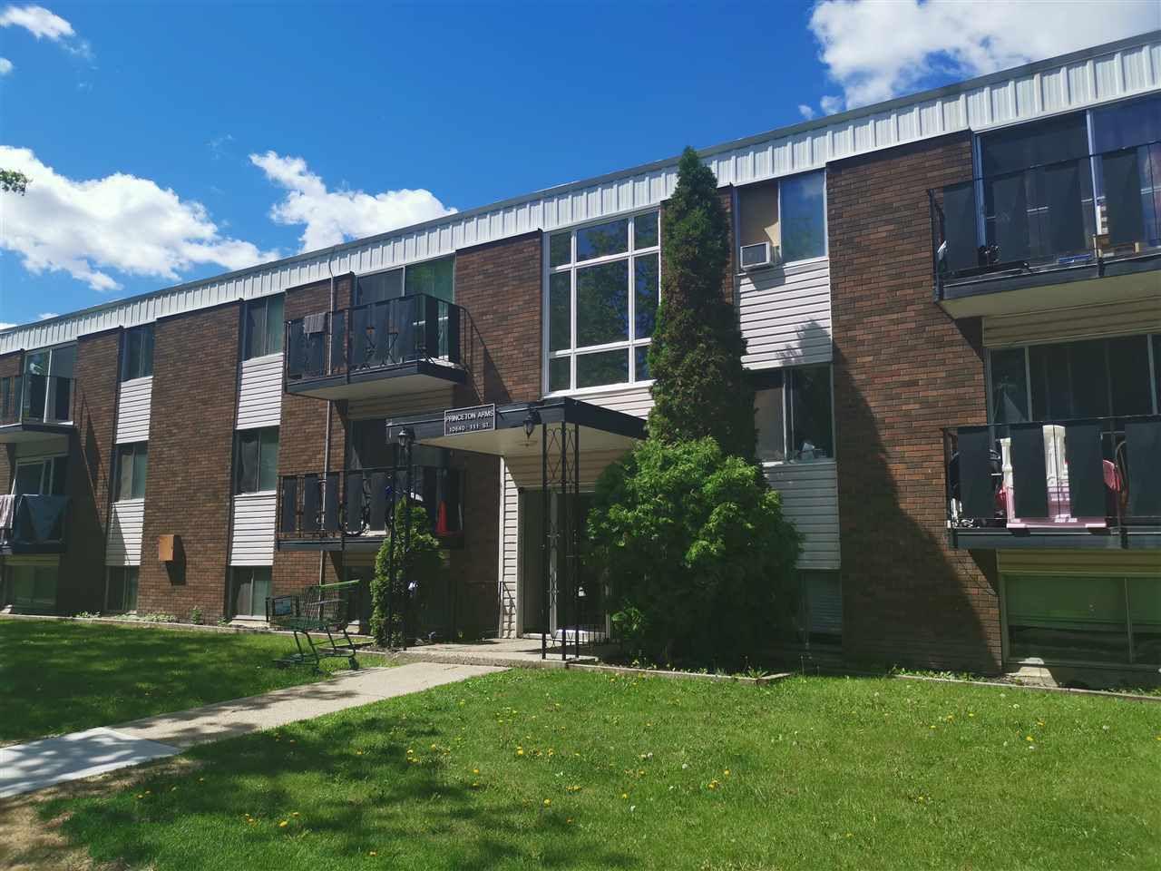 Main Photo: 4 10640 111 Street in Edmonton: Zone 08 Condo for sale : MLS®# E4161274