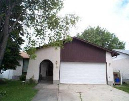 Main Photo: 82 Siddall Cres.: Residential for sale (East Kildonan)  : MLS®# 2511404