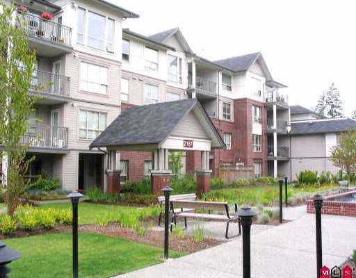 """Main Photo: 107 2167 152ND ST in White Rock: Sunnyside Park Surrey Condo for sale in """"Muirfield Gardens"""" (South Surrey White Rock)  : MLS®# F2611457"""
