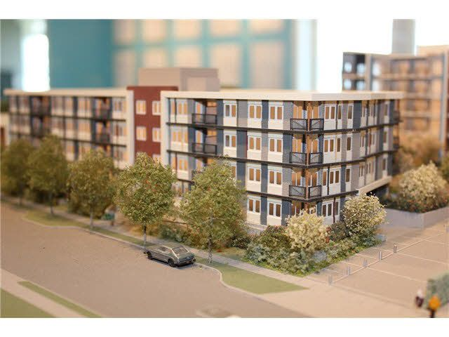 Main Photo: 305 10011 RIVER DRIVE in : Bridgeport RI Condo for sale : MLS®# V1076504