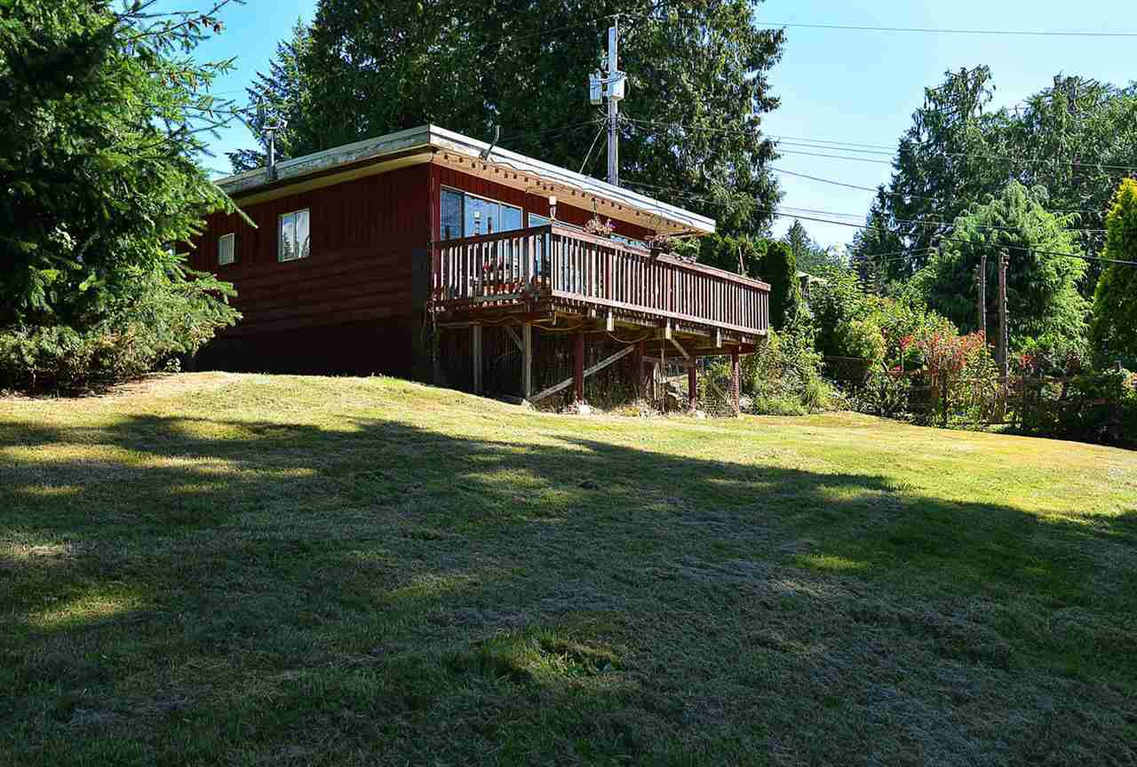Photo 2: Photos: 1881 GRANDVIEW Road in Gibsons: Gibsons & Area House for sale (Sunshine Coast)  : MLS®# R2101665