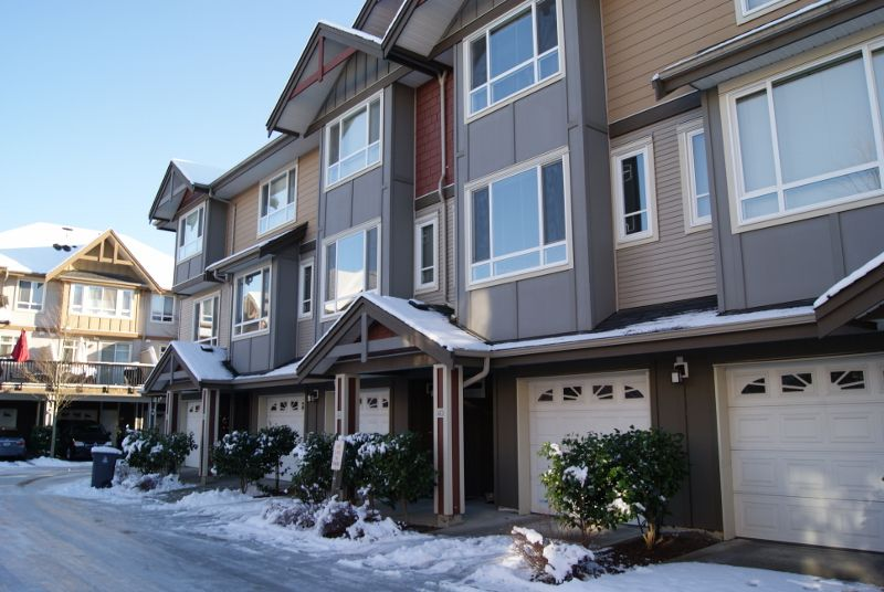 "Main Photo: 40 7088 191 Street in Surrey: Clayton Townhouse for sale in ""Montana"" (Cloverdale)  : MLS®# R2128648"
