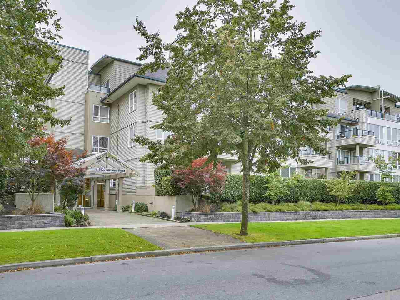 "Main Photo: 108 5800 ANDREWS Road in Richmond: Steveston South Condo for sale in ""VILLAS AT SOUTHCOVE"" : MLS®# R2202832"