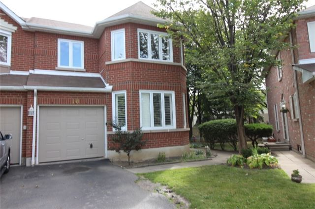 Main Photo: 18 6050 Bidwell Trail in Mississauga: East Credit Condo for lease : MLS®# W3926065