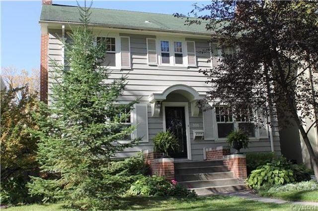 Main Photo: 335 Elm Street in Winnipeg: Residential for sale (1C)  : MLS®# 1726618