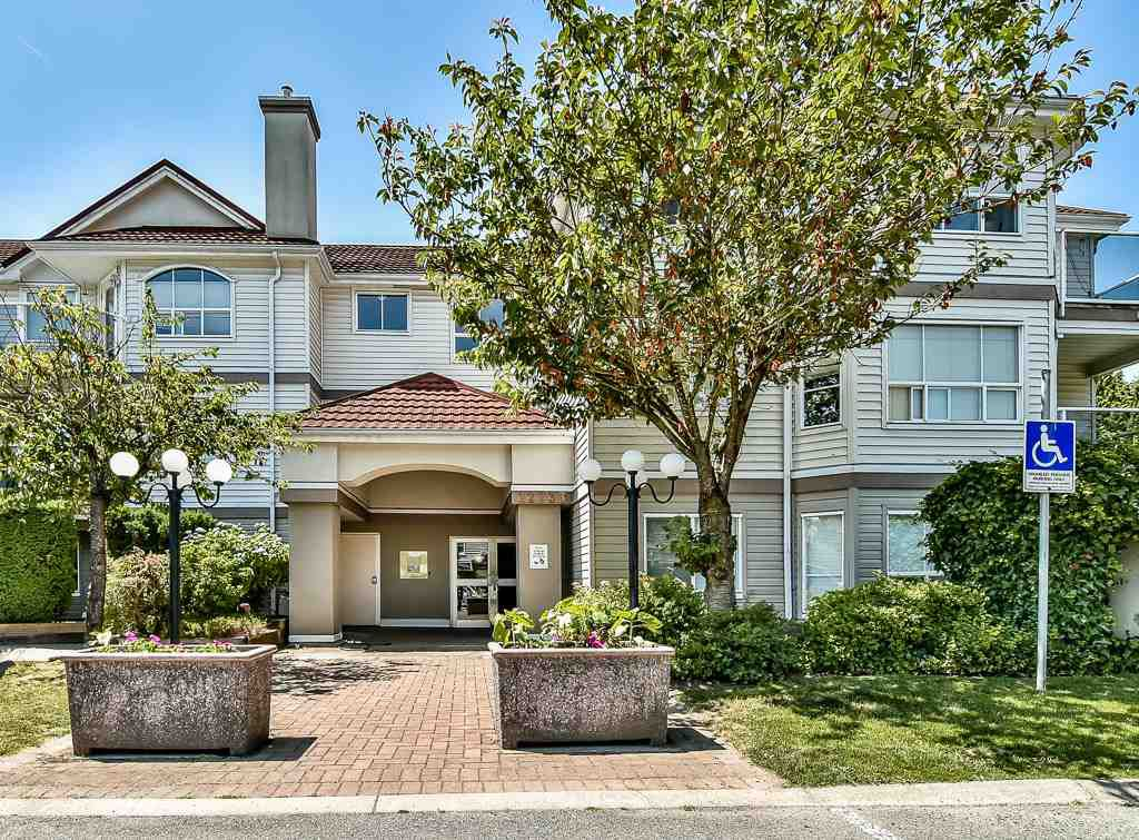 Main Photo: 112 12733 72 AVENUE in : West Newton Condo for sale : MLS®# R2195551