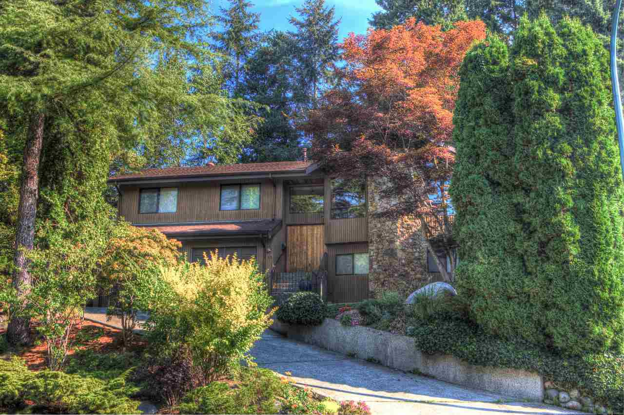 """Main Photo: 15 SYMMES Bay in Port Moody: Barber Street House for sale in """"Barber Street"""" : MLS®# R2305613"""
