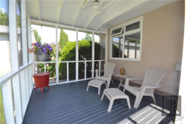 Photo 18: Photos: 37 Cormorant Bay in Winnipeg: Southdale Residential for sale (2H)  : MLS®# 1826557