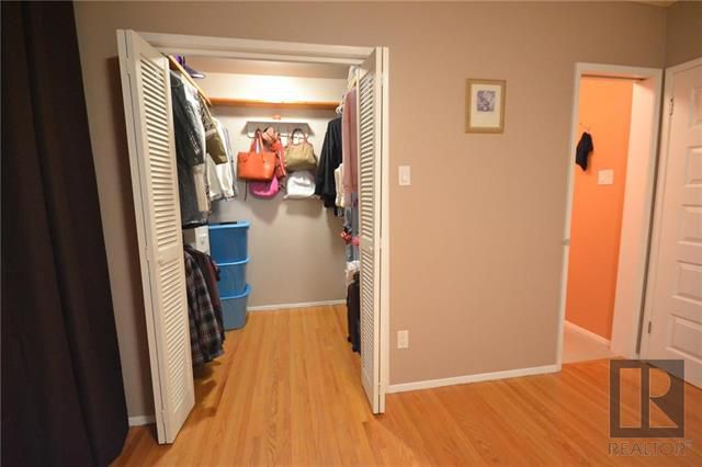 Photo 13: Photos: 37 Cormorant Bay in Winnipeg: Southdale Residential for sale (2H)  : MLS®# 1826557