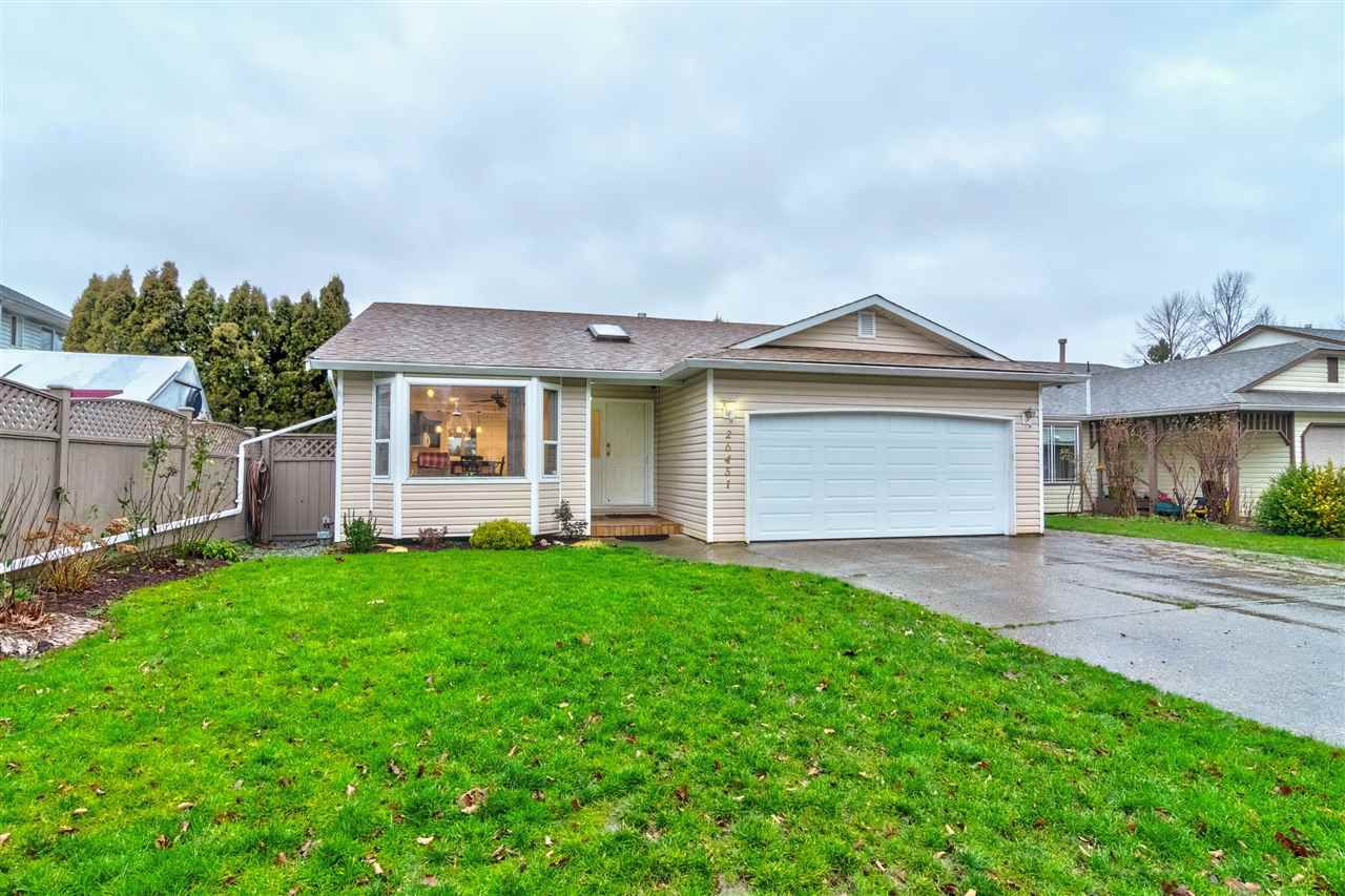 Main Photo: 26451 32A Avenue in Langley: Aldergrove Langley House for sale : MLS®# R2330181