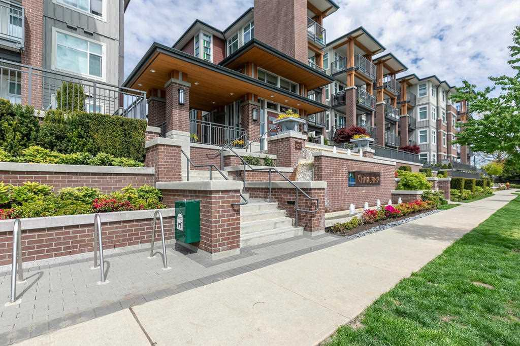 """Main Photo: 2406 963 CHARLAND Avenue in Coquitlam: Central Coquitlam Condo for sale in """"Charland"""" : MLS®# R2330371"""