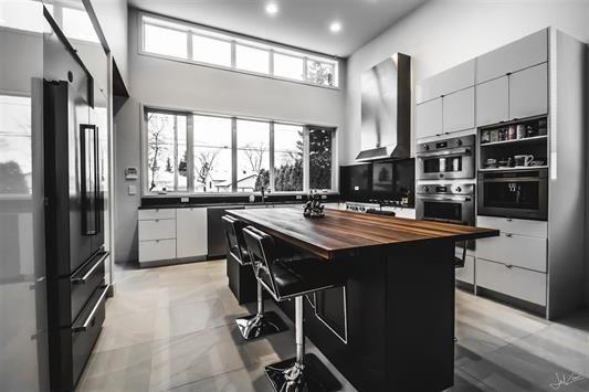 Main Photo: 10816 131 Street in Edmonton: Zone 07 House for sale : MLS®# E4148031