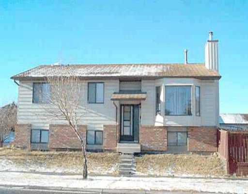 Main Photo:  in : Beddington Residential Detached Single Family for sale (Calgary)  : MLS®# C2036967