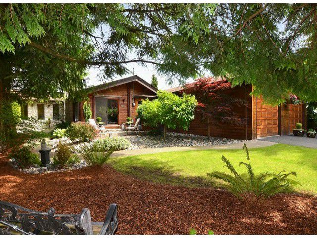 Main Photo: 20323 94B AV in : Walnut Grove House for sale : MLS®# F1300450