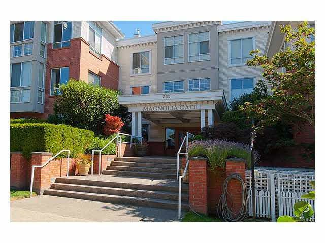 "Main Photo: 401 360 E 36TH Avenue in Vancouver: Main Condo for sale in ""Magnolia Gate"" (Vancouver East)  : MLS®# V1092547"