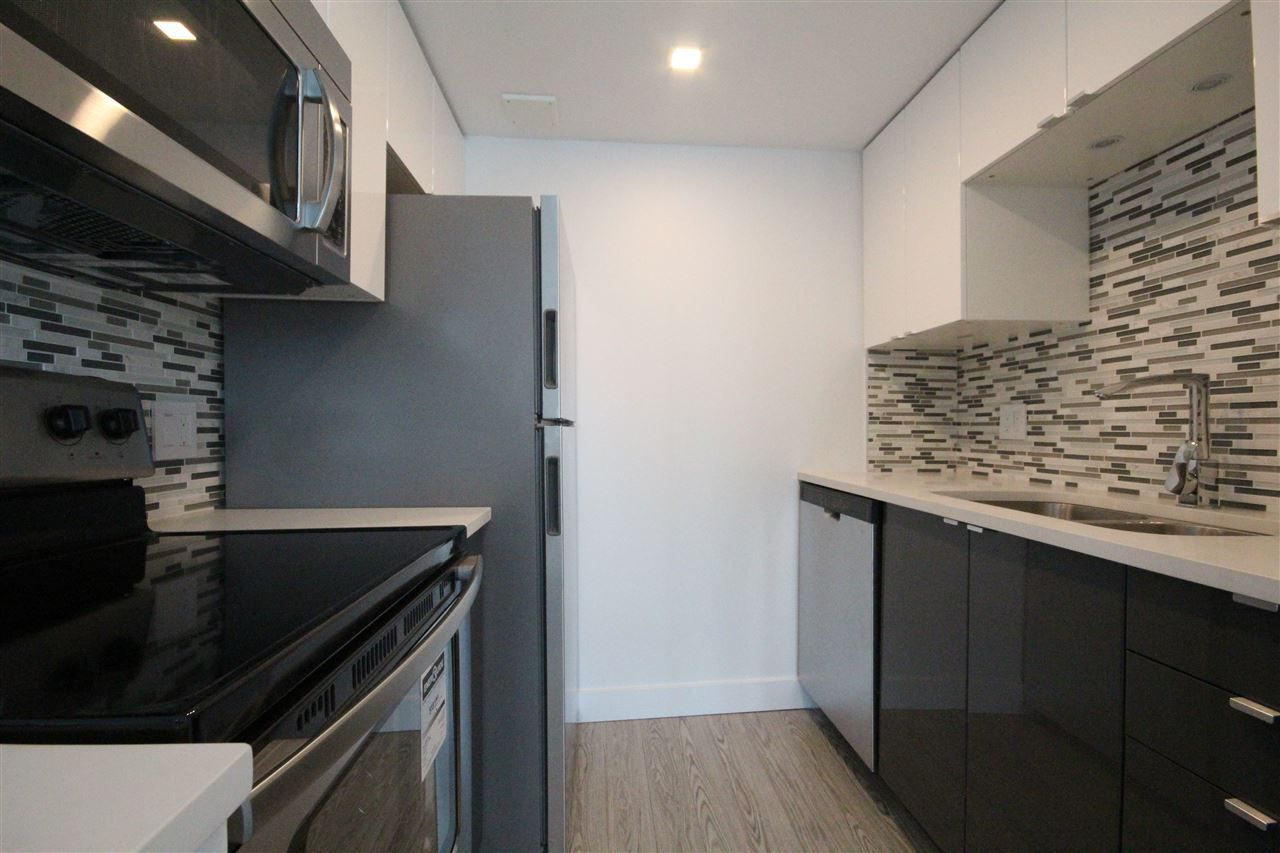 Main Photo: 2504 1188 HOWE Street in Vancouver: Downtown VW Condo for sale (Vancouver West)  : MLS®# R2060444