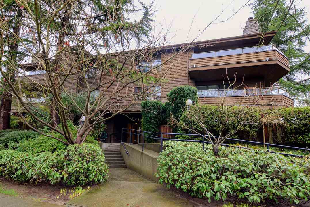 "Main Photo: 206 224 N GARDEN Drive in Vancouver: Hastings Condo for sale in ""Garden Estates"" (Vancouver East)  : MLS®# R2236988"