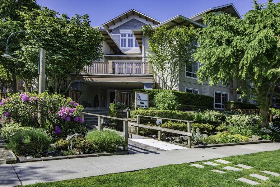 "Main Photo: 426 5600 ANDREWS Road in Richmond: Steveston South Condo for sale in ""The Lagoons"" : MLS®# R2276316"