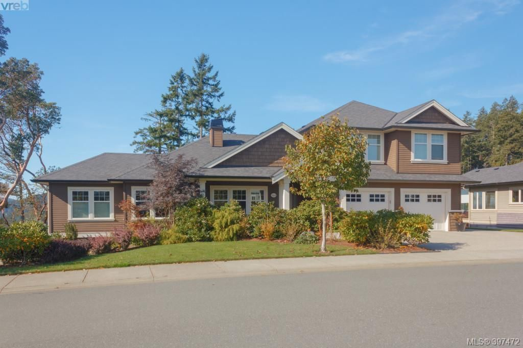 Main Photo: 3664 Seashell Place in VICTORIA: Co Royal Bay Single Family Detached for sale (Colwood)  : MLS®# 397472
