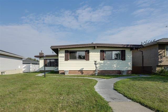 Main Photo: 8508 143 Avenue in Edmonton: Zone 02 House for sale : MLS®# E4139291